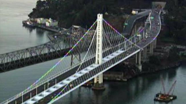 Investigan posibles deficiencias en tramo del Bay Bridge