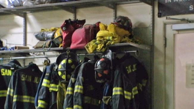Cierra estación de bomberos por hongo