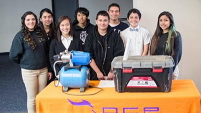 Estudiantes de San José compiten en prestigioso concurso