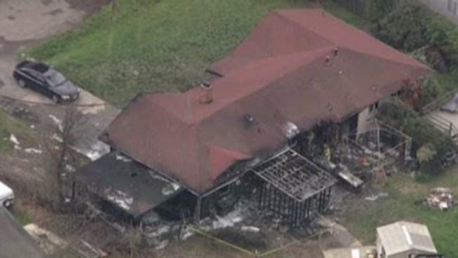 Santa Rosa: se incendia casa tras explosión