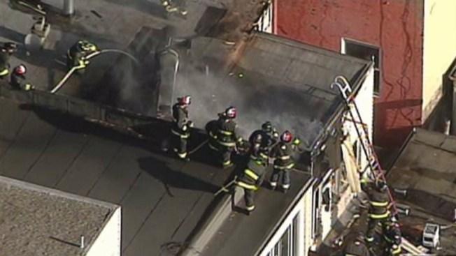 San Francisco: fuego de 2 alarmas en popular restaurante