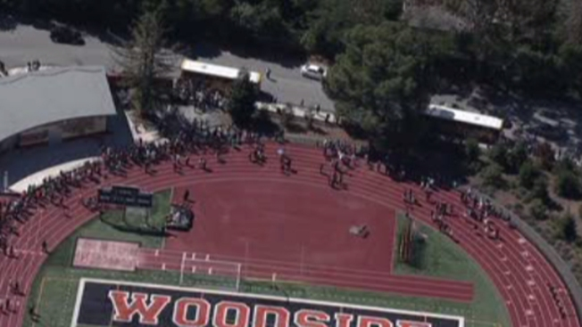Amenaza de bomba en preparatoria de Redwood City