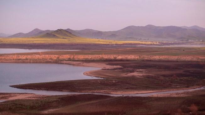 En medio de la sequía, agricultores ofrecen parte de su agua