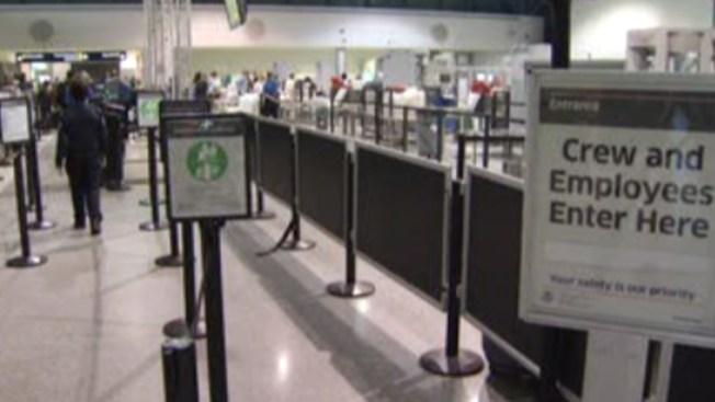 Acusan a maleteros de traficar marihuana en aeropuerto