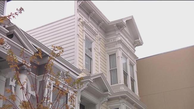 Supervisor propone reducir la burocracia para construir vivienda asequible