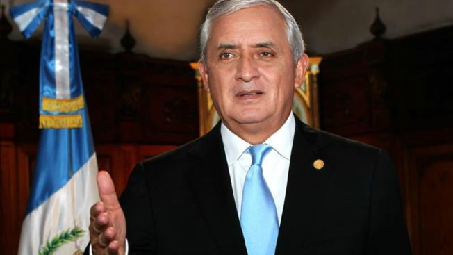 Guatemala: presidente niega nexos con fraude