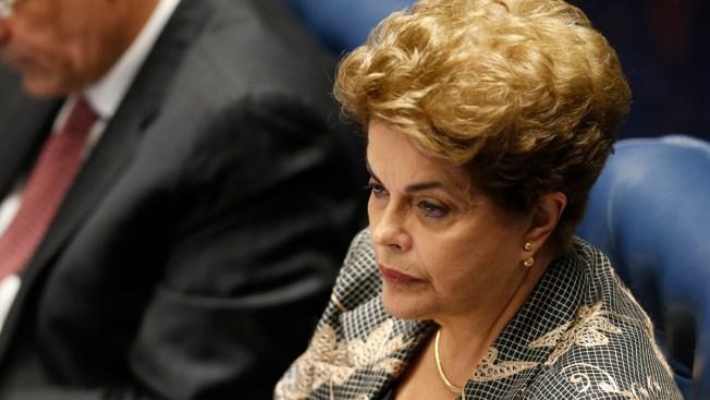 Senado de Brasil reúne votos para destituir a Rousseff