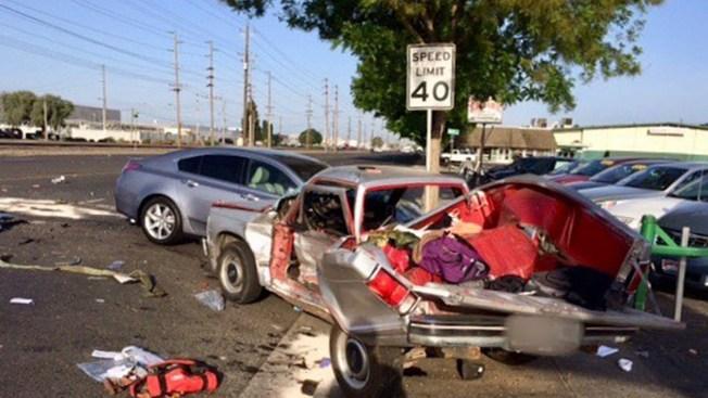 Muere mujer en aparatoso accidente en Modesto