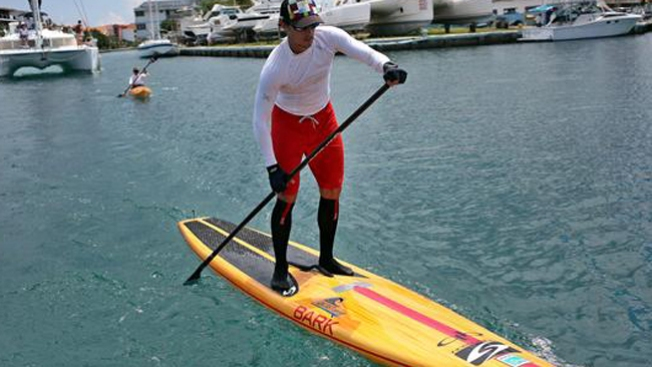 De Cuba a EEUU en tabla de surf