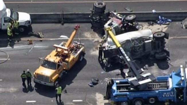 Choca camión en la Autopista 92