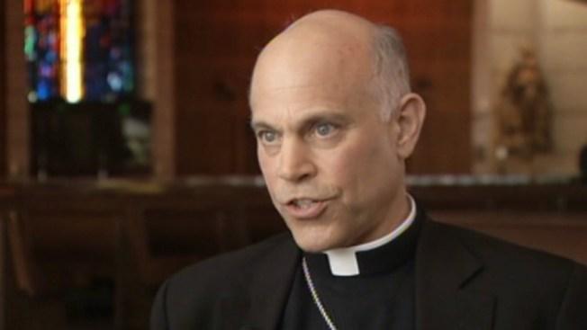 """Piden a arzobispo no ir a mitin """"anti gay"""""""