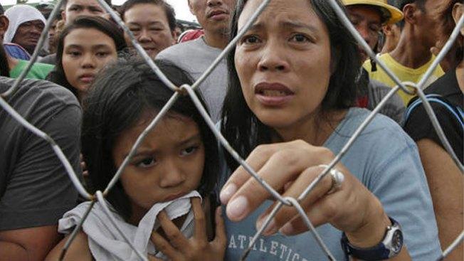 Saqueos para poder comer en Filipinas