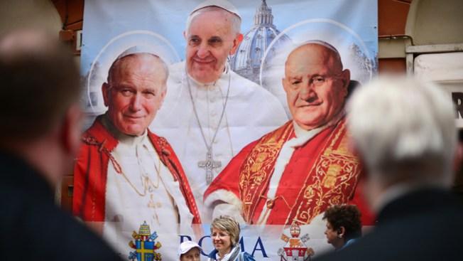 Vea la canonización de los dos papas