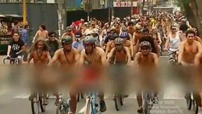 Original forma de protesta de ciclistas