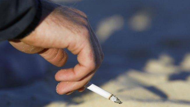 Prohíben fumar dentro de apartamentos