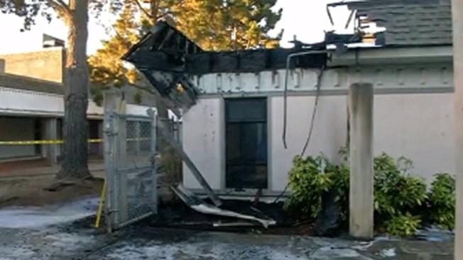 San José: fuego de 2 alarmas en escuela