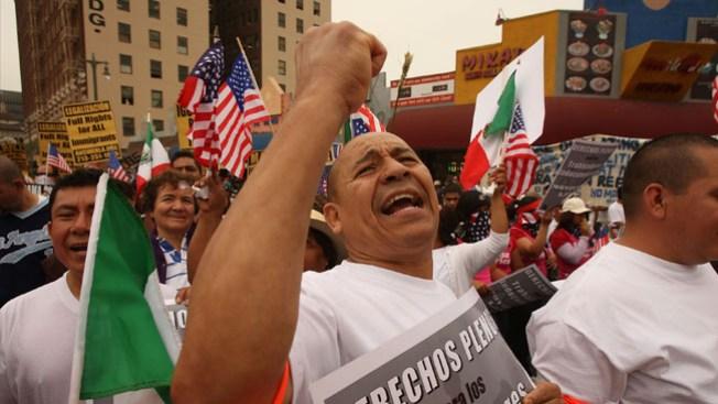 Denuncian discriminación a hispanos
