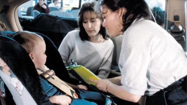 Jerry Brown firma ley sobre niños en carros