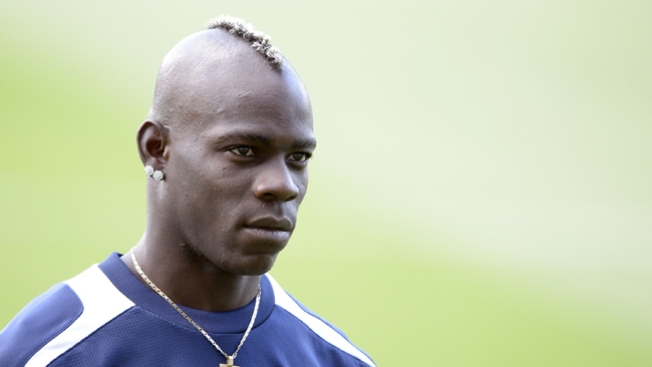 Balotelli ya no regresa a Italia