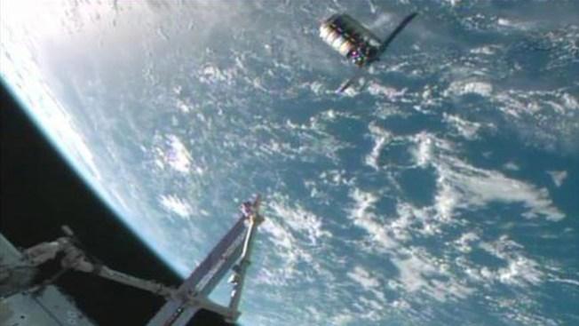 2a caminata espacial en Nochebuena