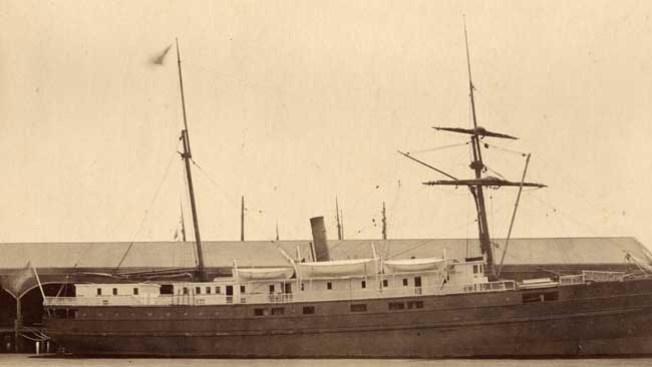 Descubren restos de barco en la Bahía