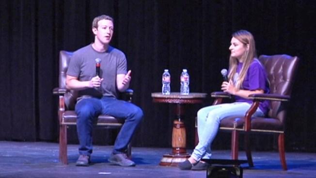 Hispana comparte honores con Zuckerberg