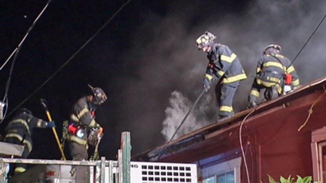 San José: fuego en sótano de vivienda