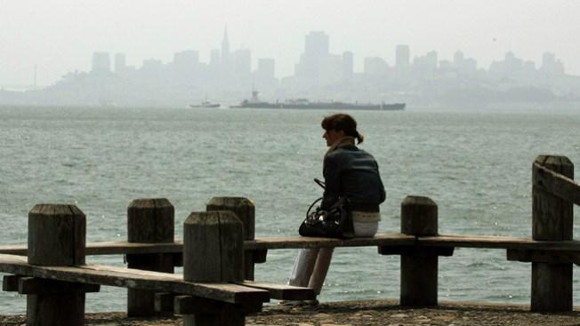 Alerta por neblina tóxica en la Bahía