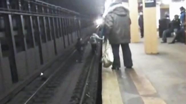Se juegan la vida en la vía del tren
