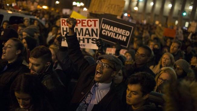 Se intensifican las protestas por Garner