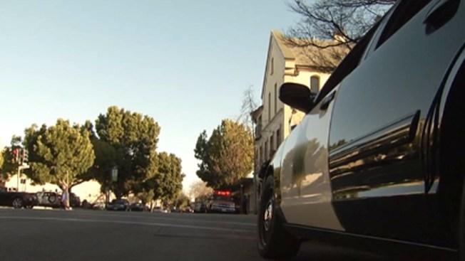 Palo Alto: hombre exhibe sus genitales