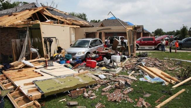 Texas: 16 tornados dejan 6 muertos