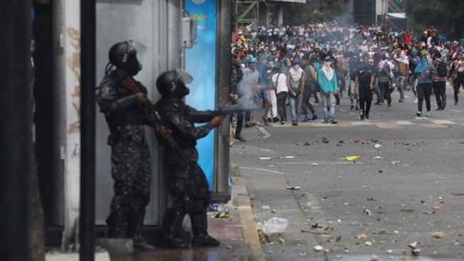 ONGs: 35 muertos y 850 detenidos en protestas de Venezuela