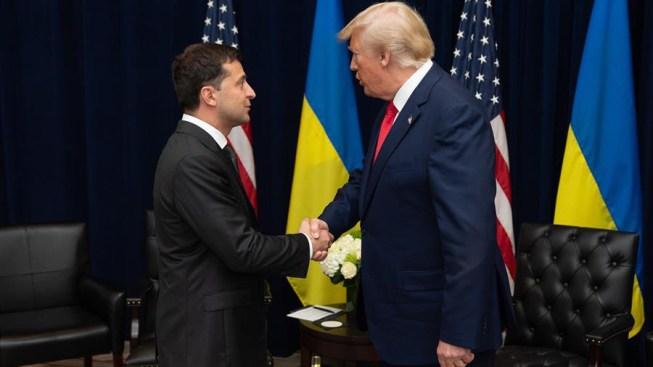 """Ucrania """"complacido"""" de investigar si hubo injerencia en EEUU"""